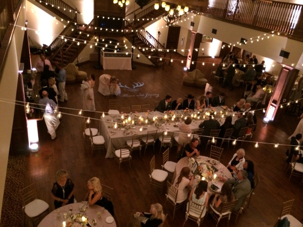String lights with central head table